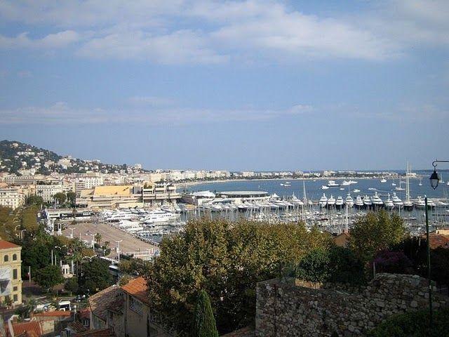 Порт, яхт-клуб. Аренда причала для яхты с обслуживающим персоналом и коммуникациями - от 1500 евро в месяц (для крохотных яхточек)
