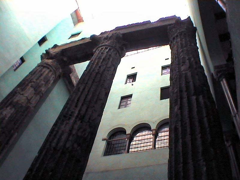 Латинский квартал, эпоха древнего Рима и современная архитектура бок о бок